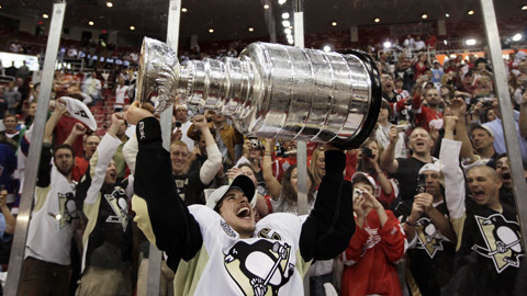 2009 Stanley Cup Champions, Captain Sidney Crosby
